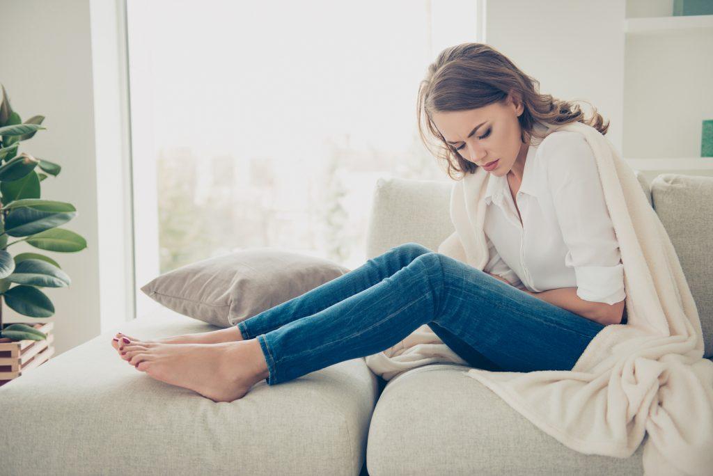 Symptoms of a Damaged Stomach Lining
